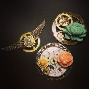 Absynthe Design Brooches