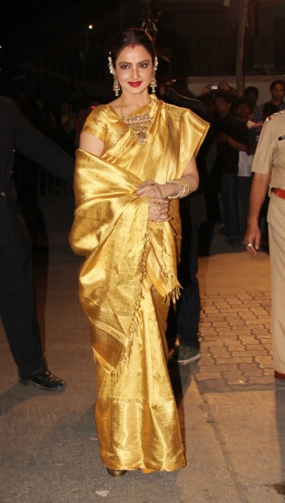 Rekha in her signature Kanjeevaram saree