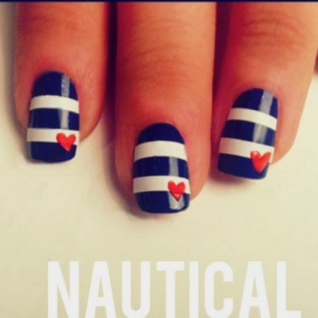 Nautical-Nails