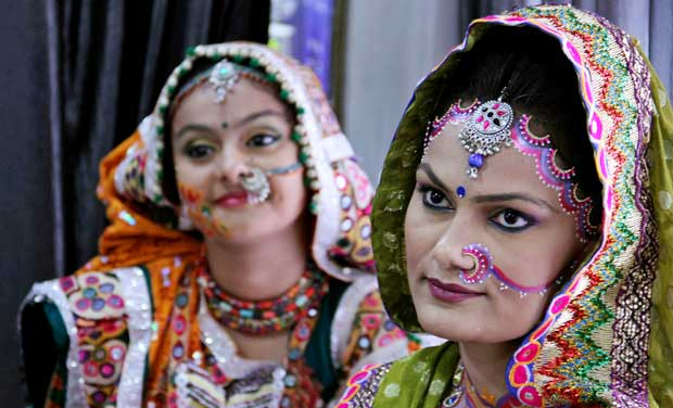 Dandiya-Garba-Festival-18956 (1)