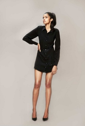 SHIRT DRESS SHORT- Bare in Black- red polka